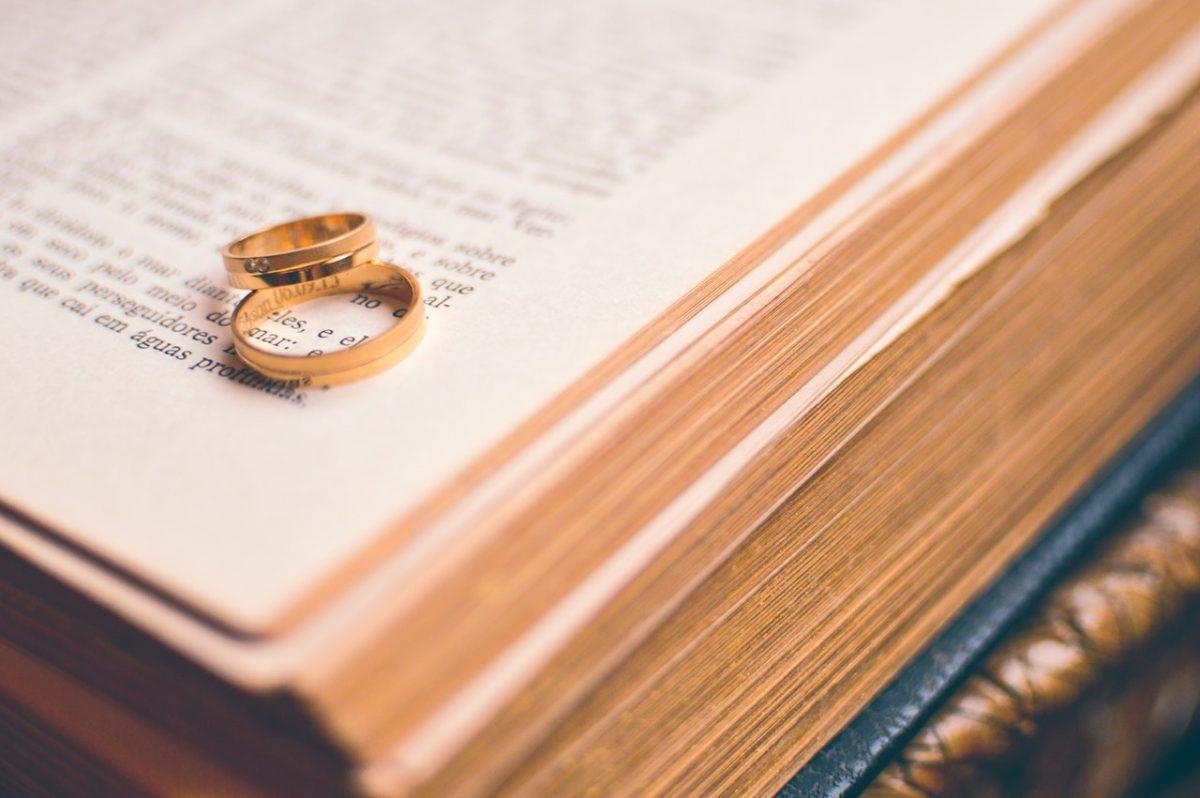 Certificado de matrimonio: modalidades y usos